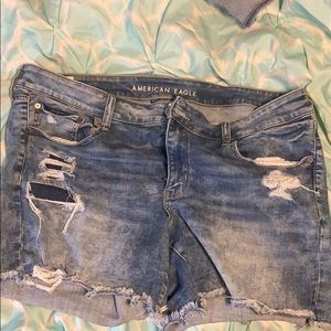 American eagle Light washed Midi short
